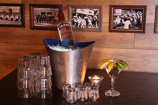 Vodka nesmie chýbať v žiadnom domácom bare: Toto ste o nej určite nevedeli!