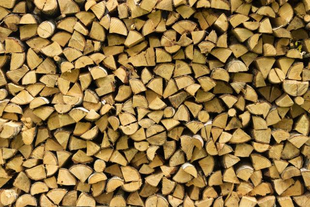 Ako na skladovanie dreva?