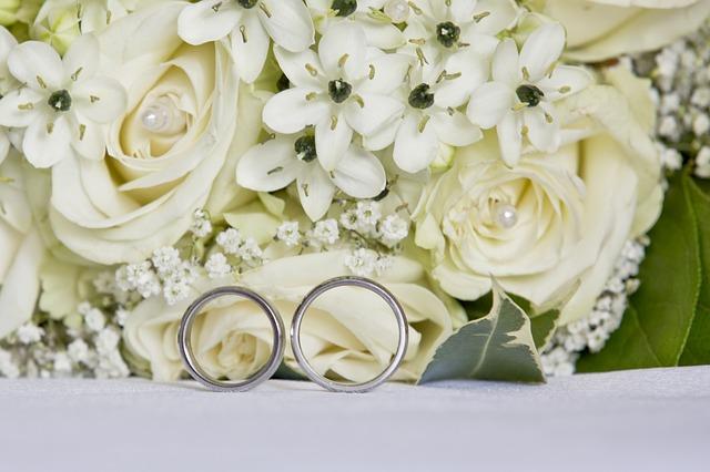 Ako vybrať krásne obrúčky na vašu svadbu