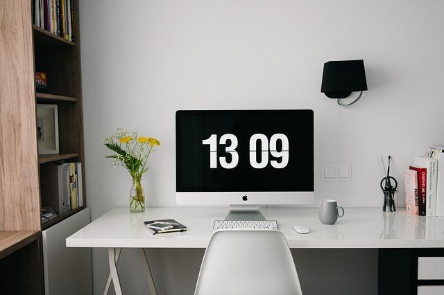 Vybavenie kancelárie, ktoré vás nakopne