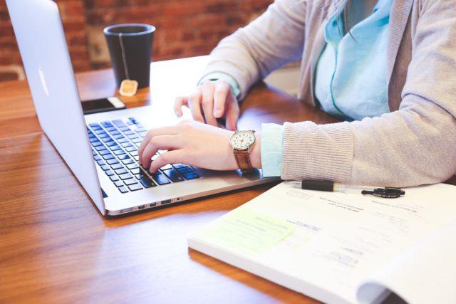 Čo by ste mali vedieť ovysokoškolských záverečných prácach?
