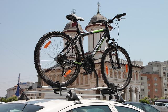 Ako prepravovať bicykel v aute?